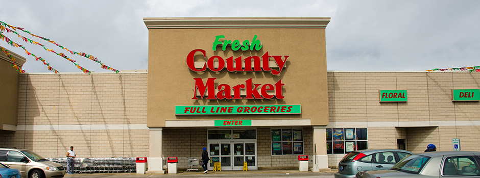 Fresh County Market Store Entrance